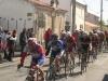 course-de-lairoux-alain-controle-le-peloton-01-05-2012